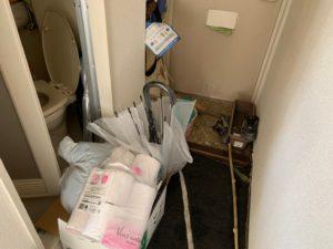 【浜松市】1Rの片付け、不用品回収の玄関作業前