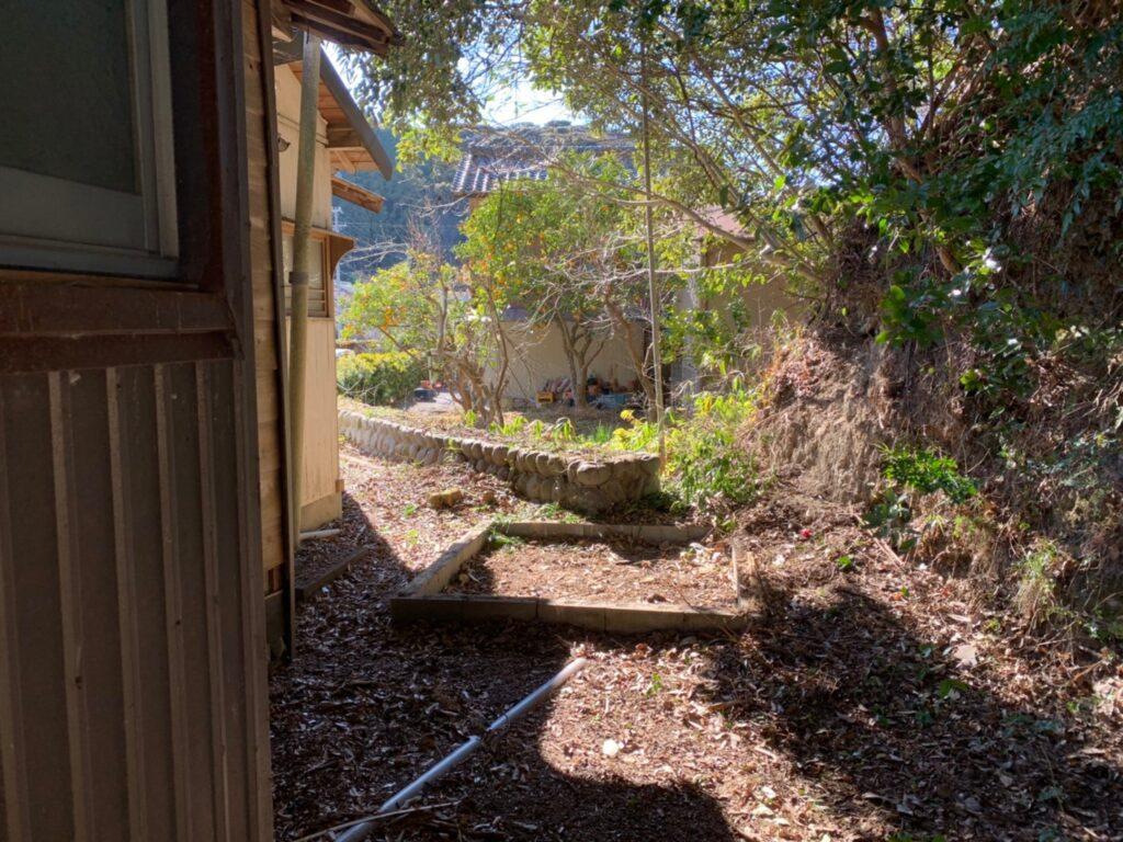 小屋の撤去