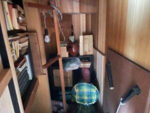 階段下収納の片づけ前