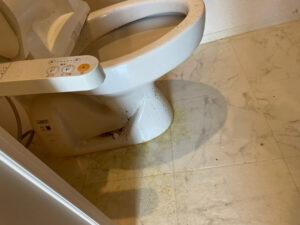 トイレのハウスクリーニング前